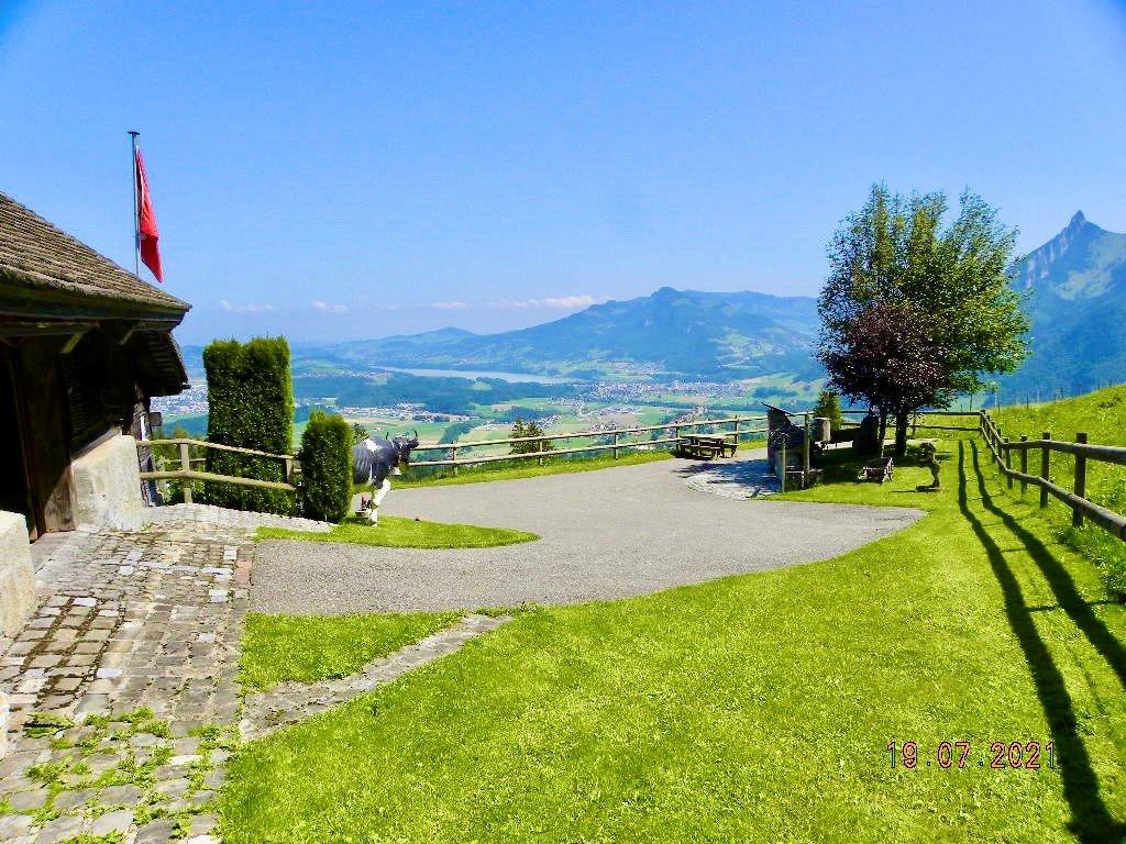 Canton de Fribourg, charmant chalet atypique
