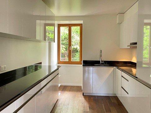 LAUSANNE - Magnifique appartement dans bâtisse ancienne