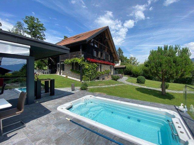 RESERVEE - JONGNY magnifique propriété à quelques minutes du centre